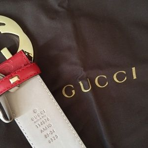 RED FAMOUS GUCCI BELT